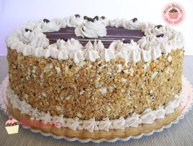Torte di compleanno a ciascuno la sua mondo delizioso for Decorazione torte millefoglie