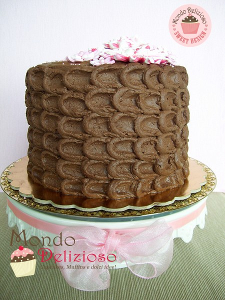 Bumblebee Cake